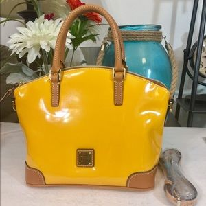 Handbags - Dooney & Bourke Satchel Handbag 👜 Vernis Yellow